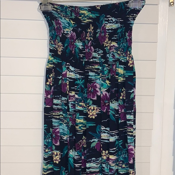 Tommy Bahama Dresses & Skirts - Tropical maxi dress